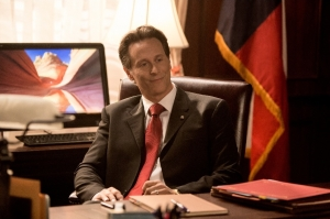 "Steven Weber of ""Wings"" joins the Dallas fray as crooked Gov. Sam McConaughey."